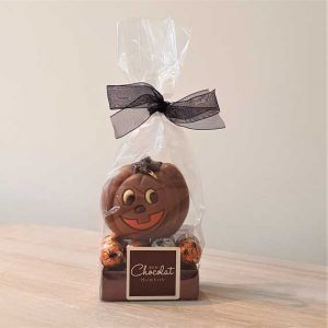 Small Milk Chocolate Pumpkin with Spider Balls