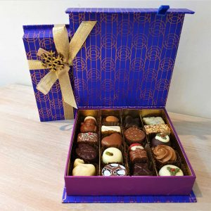 Medium Luxury Christmas Box